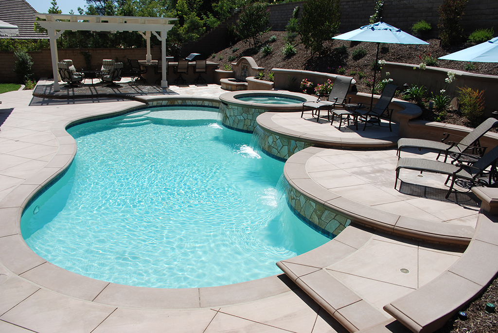 Pool Features by Aquanetic Pools