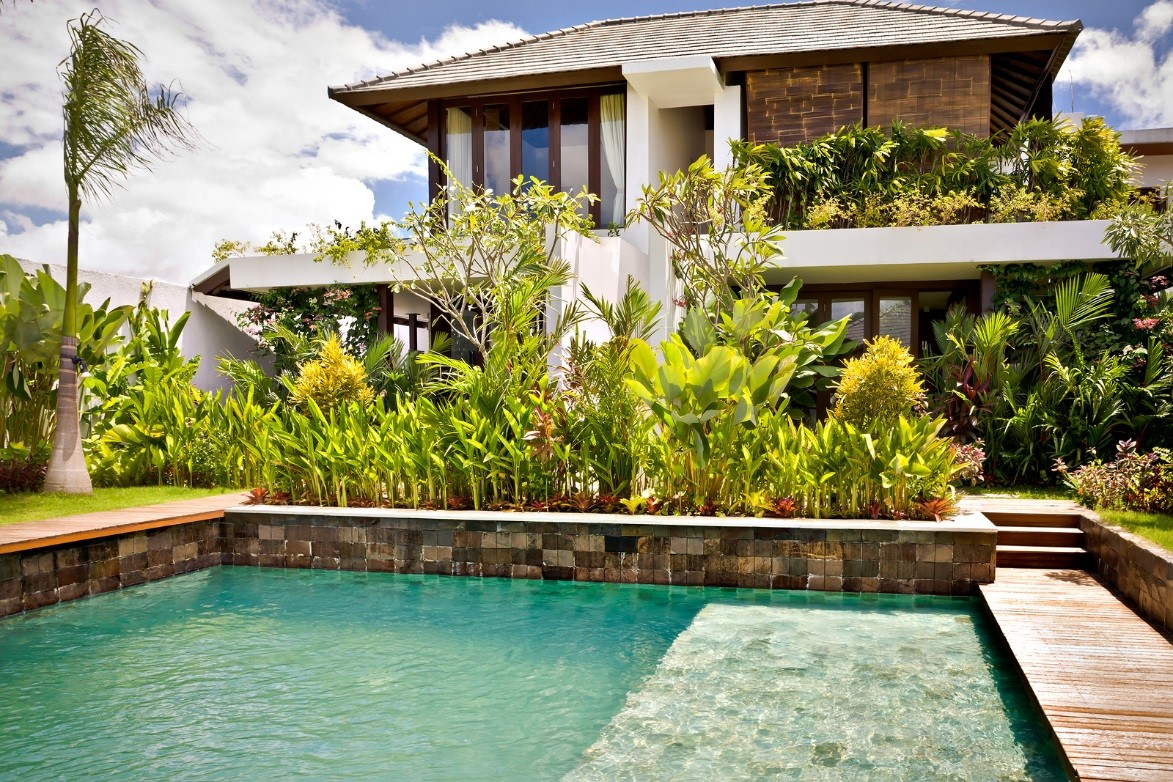 Pool contractors causes of green swimming pool and the - What causes low ph in swimming pools ...