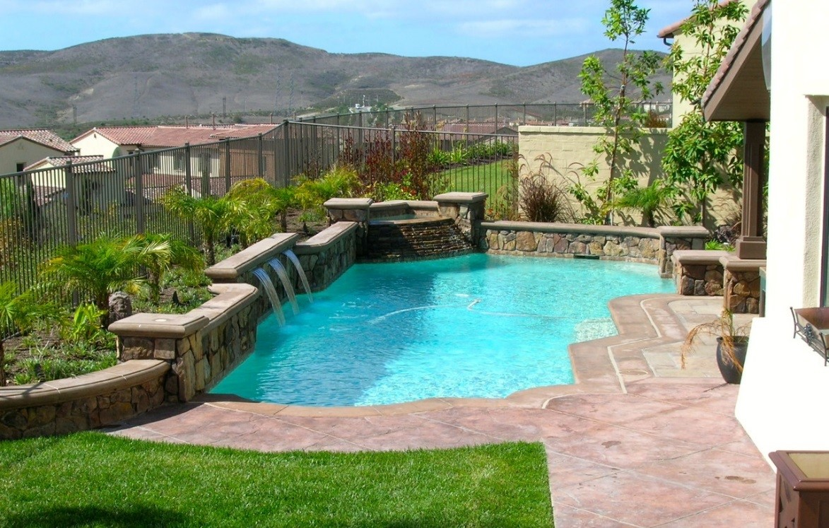 The different ways you and pool builders can enhance your for 50000 pool design