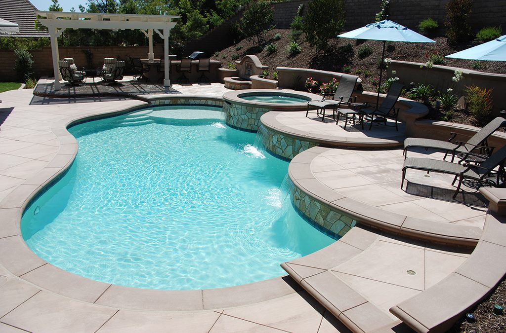 Custom Pool and Spa in Lake Forest