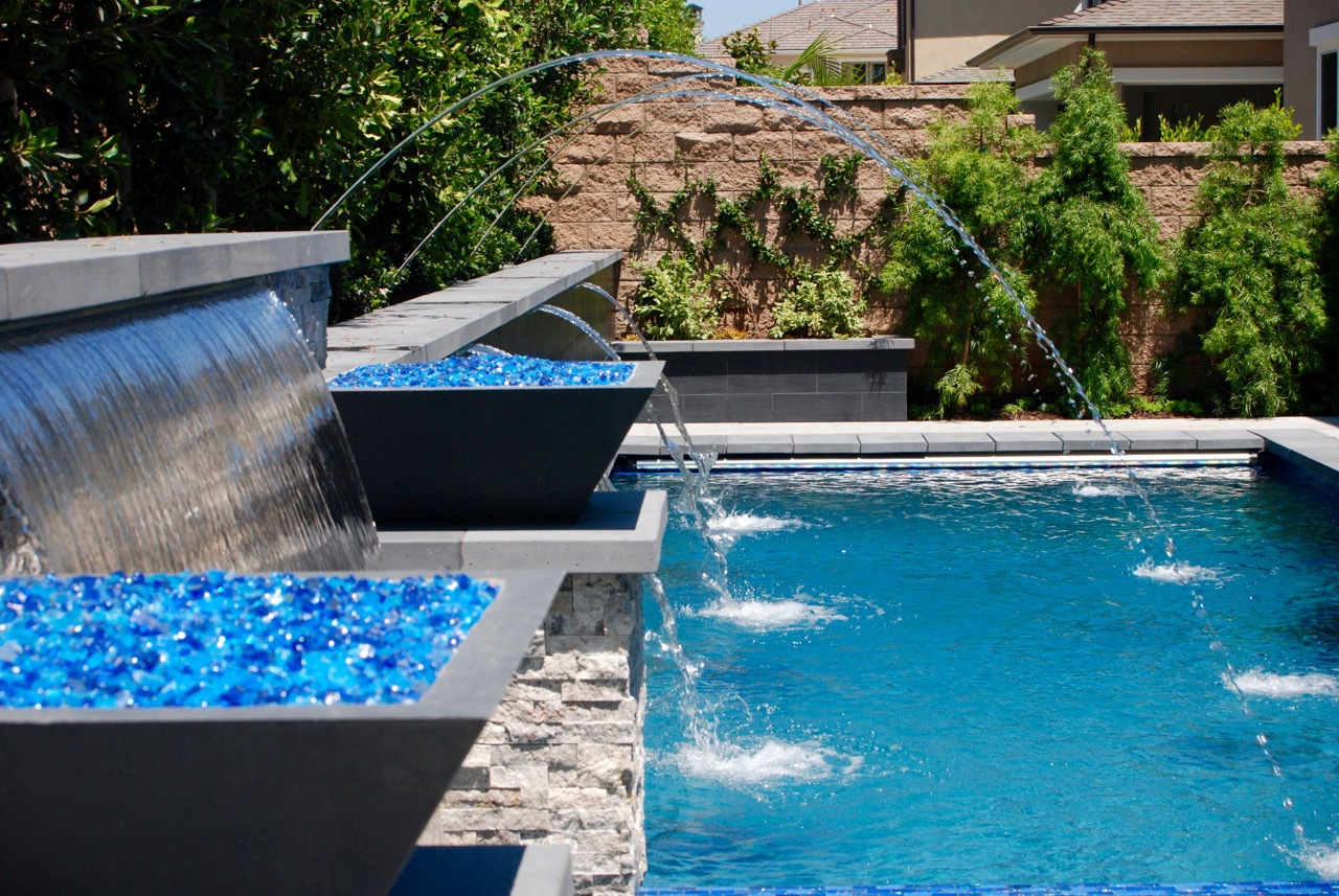 Contempoary Pool Spa With Fire Bowls